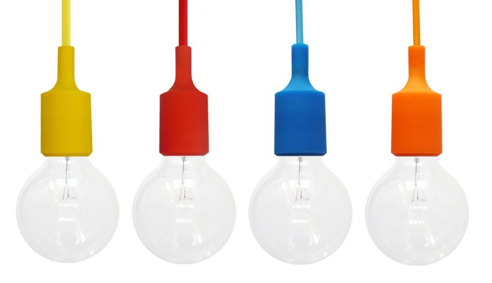 Silikónové závesné svietidlá sú moderným typom stropných svietidiel. Svietidlá sú vyrobené z kvalitného silikónu v rôznych farebných prevedeniach