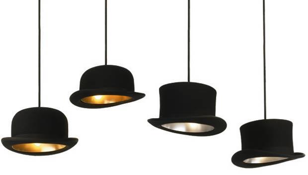 Jeeves & Wooster sú kreatívne závesné svietidlá, ktoré sú ikonou bristkej kultúry