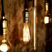 Rustikálny-stropný-luster-www.ziarovky.eu_