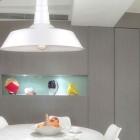 Moderné-závesné-svietidlo-zhotovené-z-kvalitného-kovového-materiálu