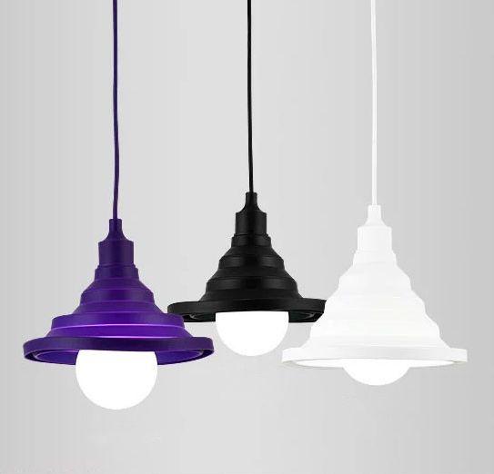 Toto-nevšedné-závesné-interiérové-svietidlo-je-vhodné-na-osvetľovanie-modernej-obývacej-izby-detskej-izby-alebo-kuchyne