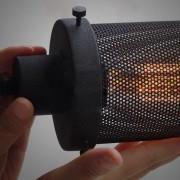 Svietidlo je vyrobené na žiarovky s päticami E27, čo je najpoužívanejší typ pätíc žiaroviek v domácnostiach