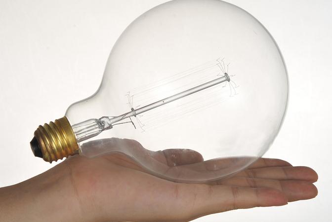 Najväčšia dekoračná žiarovka z nášho sortimentu skladom v akciovej cene!!! Neváhajte a nakupujte, platí len do vypredania zásob!www.ziarovky.eu