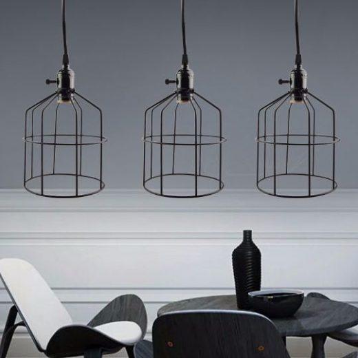 Samotné-centrálne-stropné-svietidlo-niekedy-na-osvetlenie-rozľahlých-priestorov-nestačí-preto-je-dobré-stropné-lampy-doplniť-o-vhodné-nástenné-svietidlá2