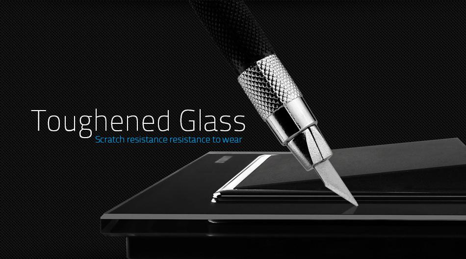Vďaka sklenenému povrchu nebolo ovládanie ešte nikdy také jednoduché a elegantné zároveň