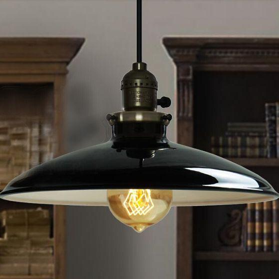 klasické-závesné-svietidlo-je-v-starodávnom-dizajne-a-v-dnešnej-dobe-je-zárukou-obdivu.-Toto-starodávne-svietidlo-Vášho-historického-ducha-miestnosti-určite-vyzdvihne