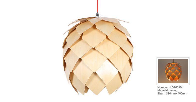 Originálne závesné drevené svietidlo z kolekcie iWood - PINECONE