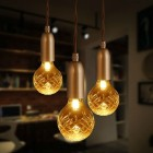 zavesny-kovovy-luster-so-sklenenym-tienidlom-v-retro-dizajne-1