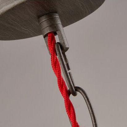 kreativne-retazove-zavesne-svietidlo-v-tvare-priemyselneho-potrubia-8