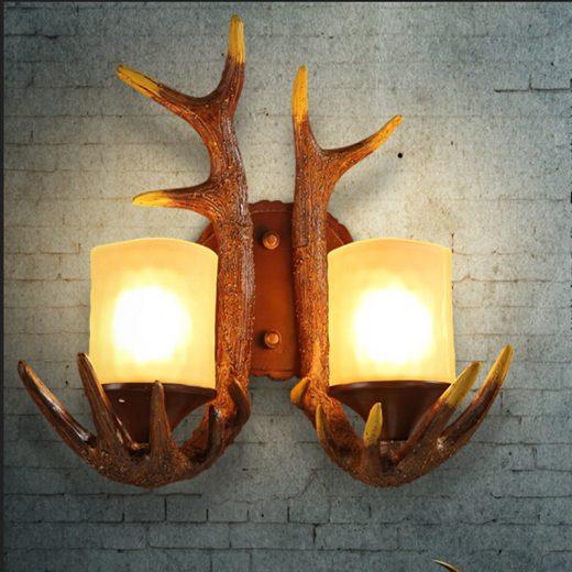 Kreatívne retro nástenné svietidlo s parohami1