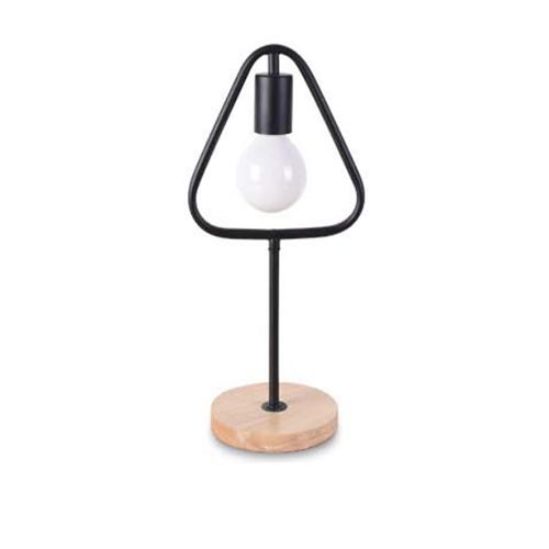 Stolová lampa v tvare trojuholníka s dreveným podstavcom