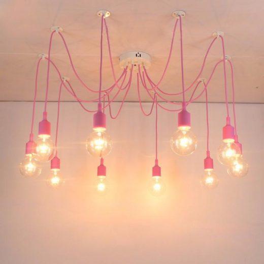 Moderné závesné svietidlo Pavúk so silikónovými päticami v ružovej farbe. Závesné svietidlo Pavúk je zárukou obdivu vašej reštaurácie alebo domácnosti.