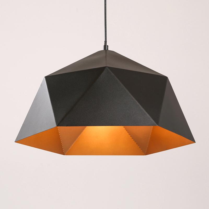 Závesné svietidlo Diamond v čiernej farbe