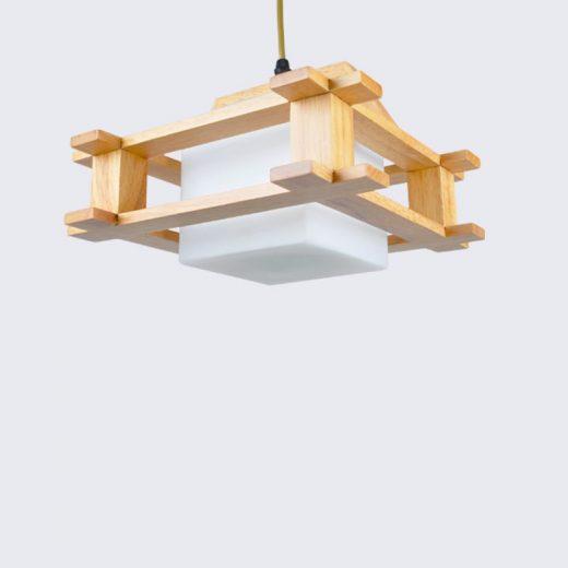 Závesné originálne drevené svietidlo. Drevené svietidlo je moderným umením a vytvára prírodný umelecký produkt v podobe dreveného závesného svietidla. (2)