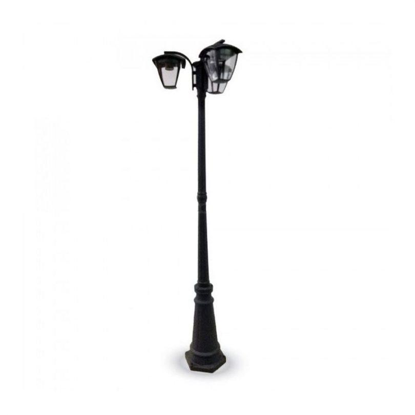 Stojanová záhradná historická lampa TRIPLE POLE. Toto historické stojanovésvietidlo zaručí dostatočné osvetlenie a obdiv každého zvedavca. (1)