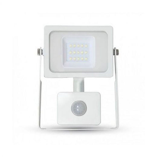 10W LED reflektor so senzorom, 800lms výkonom 10 Wattov je schopný vyprodukovať 800 LM svetla, čo je ekvivalentné s 50 W svetla