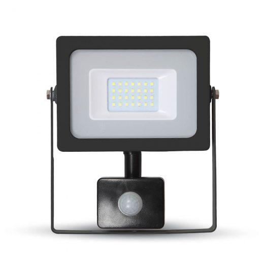 20W LED reflektor so senzorom s výkonom 20 Wattov je schopný vyprodukovať 1600 LM svetla, čo je ekvivalentné s 100 W svetla