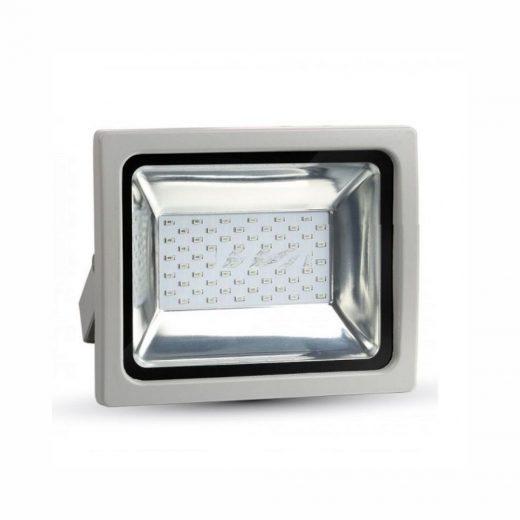 30W LED RGB Reflektor s RF diaľkovým ovládaním. Teleso je vyrobené z hliníkovej zliatiny špičkovej kvality. Odolné proti korózii.