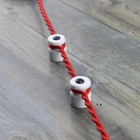 Porcelánový izolátor na vedenie kábla po stene (2)
