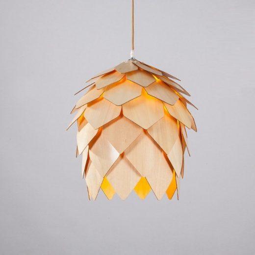 Závesné kreatívne drevené svietidlo- ART je kreatívne svietidlo ktoré uchváti každého návštevníka vašich priestorov svojím jedinečným dizajnom. (2)