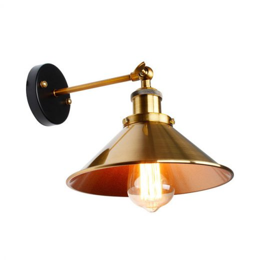 Historické nástenné svietidlo so zlatým hlbokým tienidlom (1)
