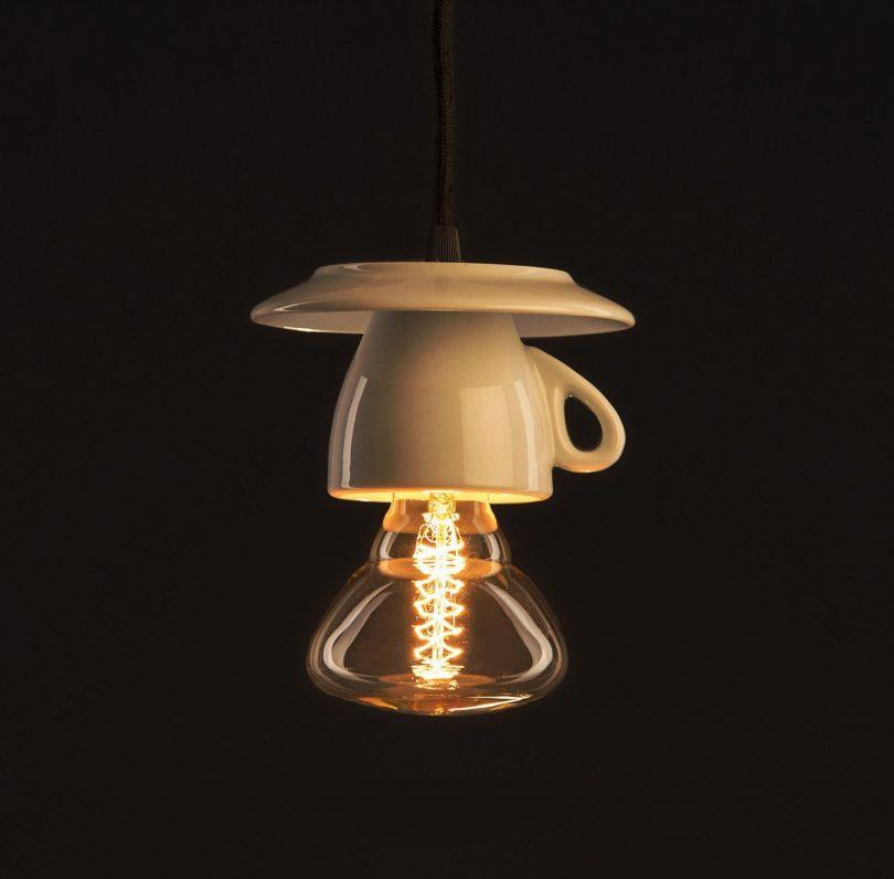 Porcelánové dizajnové svietidlo v tvare šálky (2)