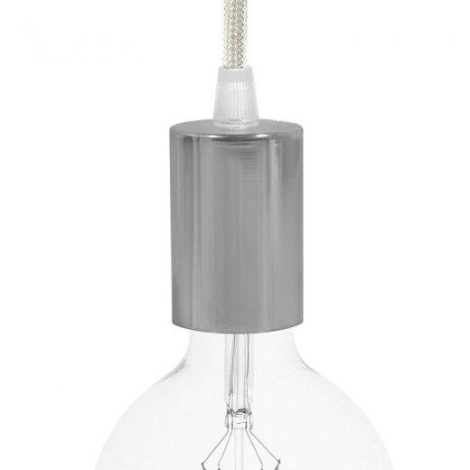 Chrómové závesné svietidlo s bielym textilným káblom