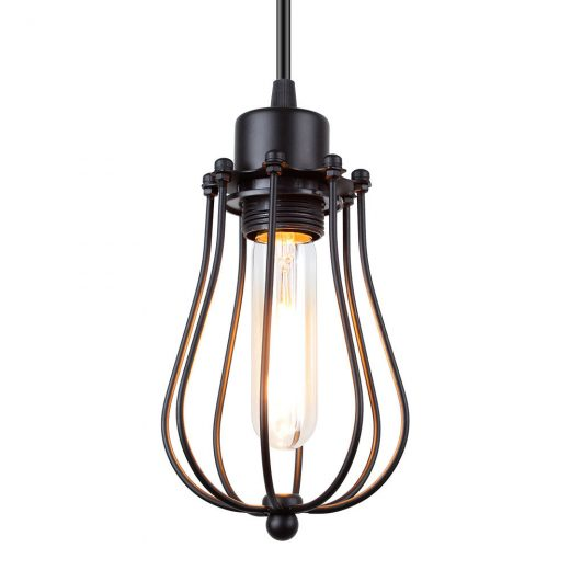 Historické závesné svietidlo je vhodné pre milovníkov štýlového bývania. Dodá atmosféru ako keby ste žili na zámku alebo v staršej dobe