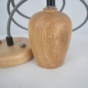 Závesný drevený luster z dubového dreva s veľkosťou 10cm so šedou textilnou šnúrou - 2.AKOSŤ – Poškriabané drevo (2)