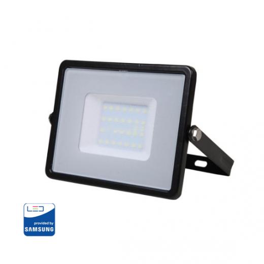 LED Reflektor 30W so SAMSUNG čipom, čierny, Studená biela, 6400K, 2400lm.Reflektory značky V-TAC sú oproti iným klasickým LED reflektorom na vysokej úrovni.